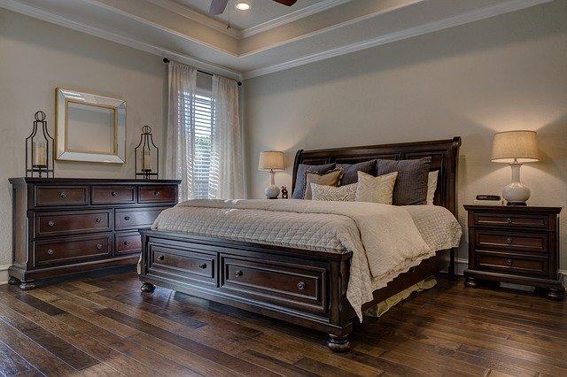 """Warto dobierać całe komplety mebli do sypialni, dzięki temu nie będziemy mieć wrażenia, że nasza sypialnia jest """"niekompletna""""."""