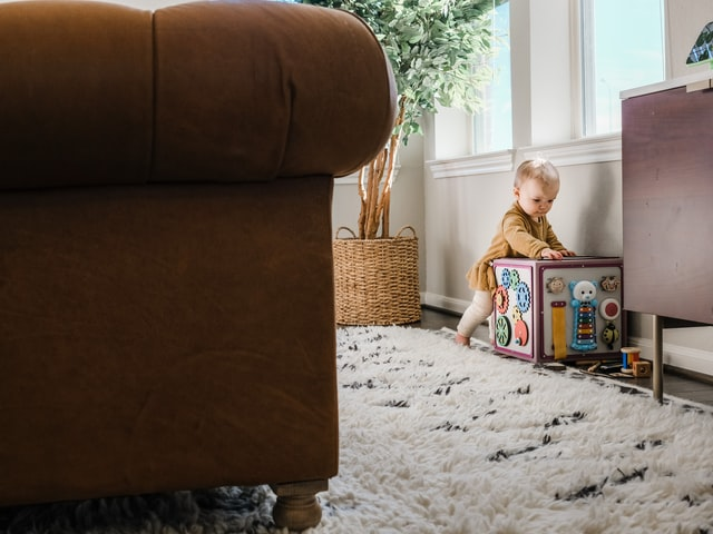 Dziecięcy pokój Montessori zakłada dostępność w całości do dziecka.