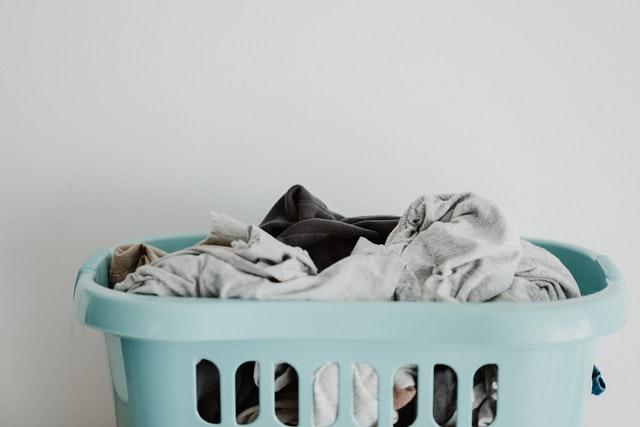 Czy domowy proszek do prania to dobry pomysł? Im większa jest Twoja rodzina, tym więcej prania prawdopodobnie będziesz musiał zrobić.