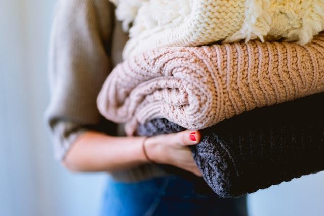 Domowy płyn do płukania tkanin brzmi abstrakcyjnie? A jednak! Nie ma nic lepszego niż świeżo wyprane ubrania - zwłaszcza gdy ubrania są puszyste, miękkie w dotyku.