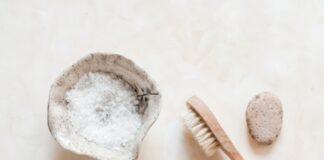 Kosmetyki naturalne i organiczne wpisują się w klimat łazienka zero waste.