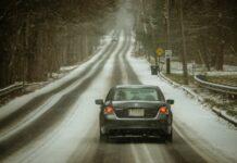 Przegląd samochodu przed zimą to ważna sprawa. Wypadki samochodowe są główną przyczyną śmierci w okresie zimowym.