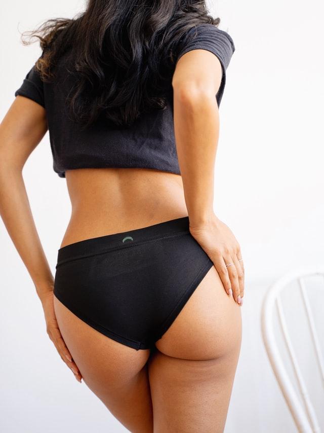 Coraz więcej kobiet wybiera na co dzień majtki menstruacyjne.