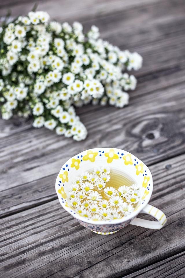 Herbata rumiankowa poprawia odporność i koncentrację