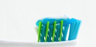 Czy domowa pasta do zębów jest bezpieczna do codziennego użytku? Czy warto ją stosować?